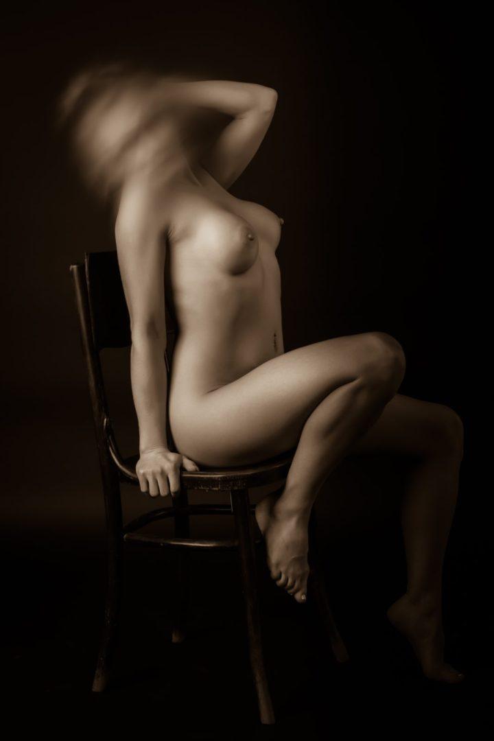 Валерия - мастер эротического массажа