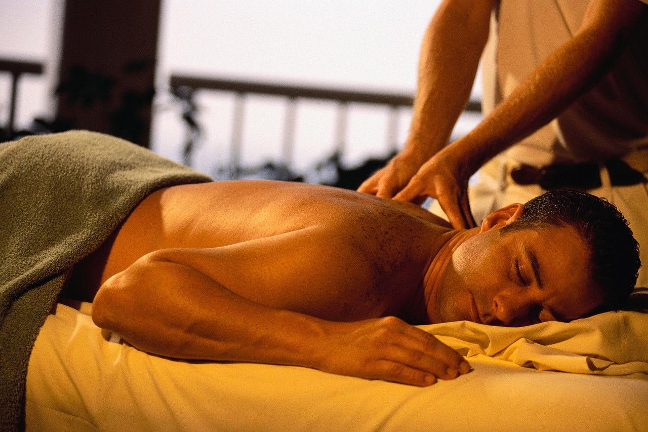 Классический массаж – приятно и полезно