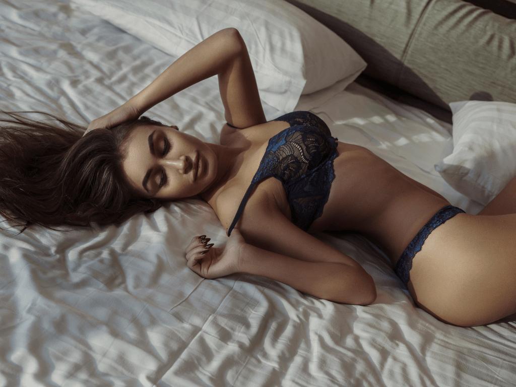 Почему не стоит бояться эротического массажа