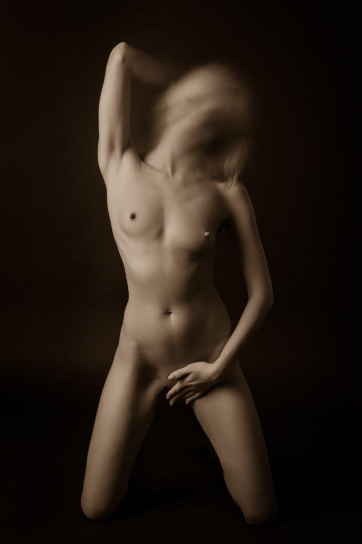 Анна - мастер эротического массажа