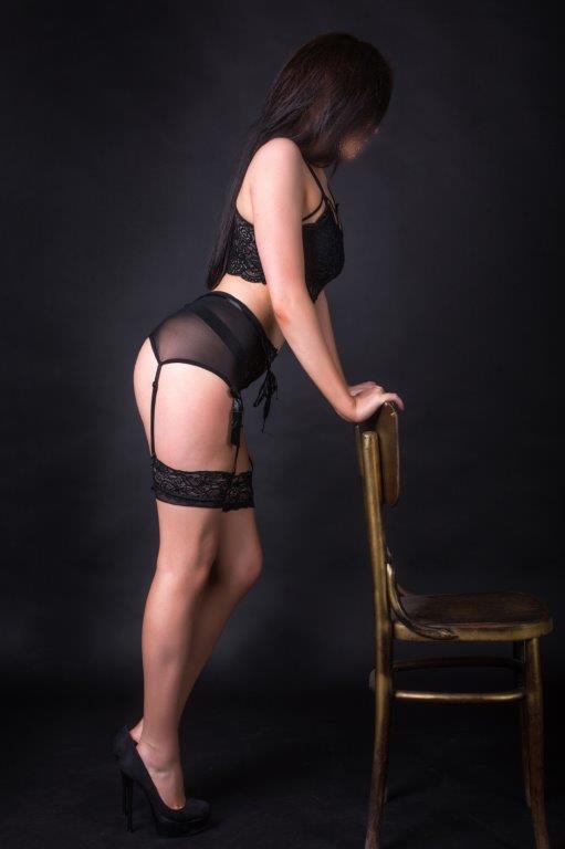 Ася - мастер эротического массажа