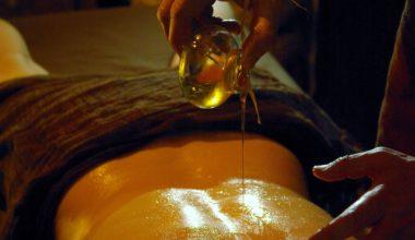 Массажное масло для эротического массажа и его свойства