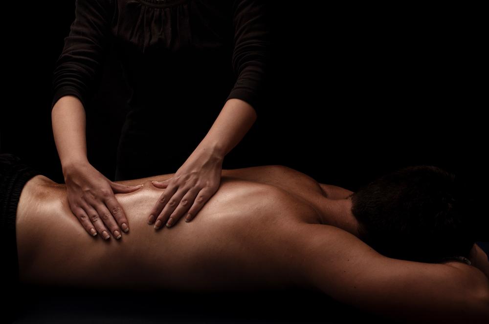 Как должен проходить правильный эротический массаж для мужчин